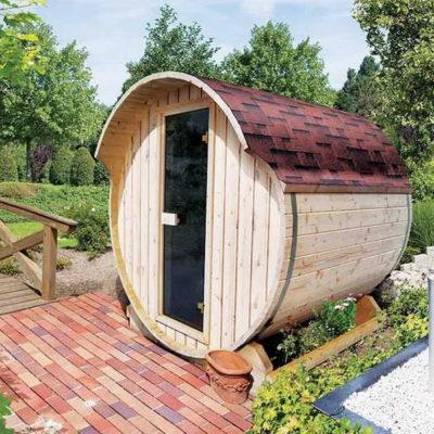 Sauna Baril 1 vous permettra d'apporter dans votre jardin une touche de tradition nordique. Une solution parfaite pour ceux souhaitant aménager leur jardin afin de connaître des sensations de bien-être et profiter de tous les bienfaits du sauna