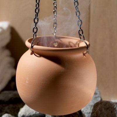 Pot aromatique pour huiles essentielles pour agrémenter votre séance de parfums et huiles essentielles et profitez encore plus des bienfaits du sauna.